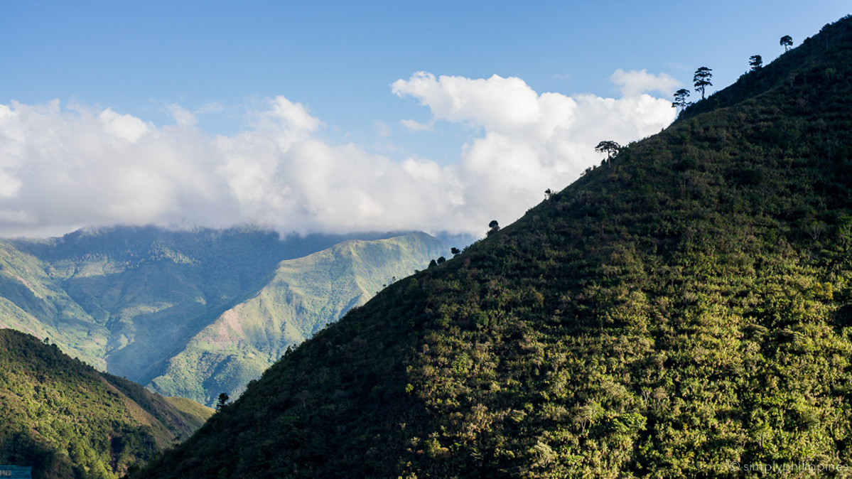 The road from Bontoc to Buscalan